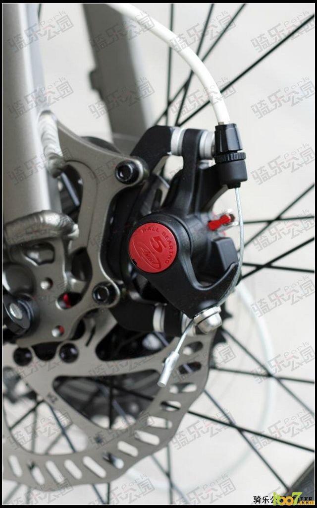 液压传动自行车 轴传动自行车 齿轮传动自行车图片
